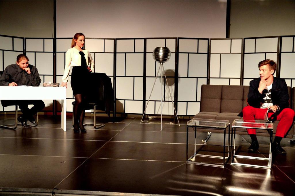"Spektakl ""Gruba Świnia"" - scenografia Salonu 4 Style"